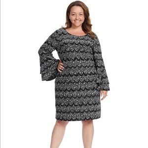 Robbie Bee Long Sleeve Dress In Black And Grey